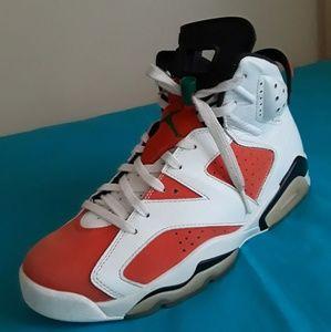 sports shoes 304a0 e07bc Nike Shoes - Men s Nike Air Jordan 6 Retro Gatorade Size 9.5